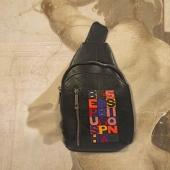 """Marsupio a spalla / One-shoulder belt bag """"Archetypes meet Boetti""""  La decorazione prende spunto dagli assunti alla base dei modelli più positivi della maestria artigianale toscana rappresentati mediante intarsio di eco-pelli colorate ispirato ai """"ricami"""" di Alighiero Boetti. """"BEPUSHEDBYPASSION"""" è ciò che è rappresentato nella decorazione di questa borsa  The decoration get ideas by the assumptions underlying the most positive models of Tuscan craftsmanship, represented by inlay of colored eco-leathers inspired by Alighiero Boetti's """"embroideries"""". """"BEPUSHEDBYPASSION"""" is what is represented in the decoration of this bag  by DanCalaMan  #italiacheamo #florence #madeinitaly #uniquepieces #inlay #bags #picture #art #art_hastag #handcraft #fattoamano #musthave #styles #glam #instafashion #outfit #weheartit #passion #mensfashion #emotions"""